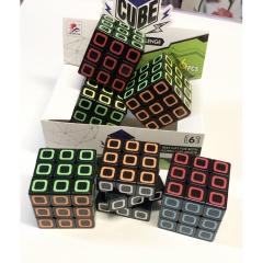 Кубик Рубика, черный фон,  Китай